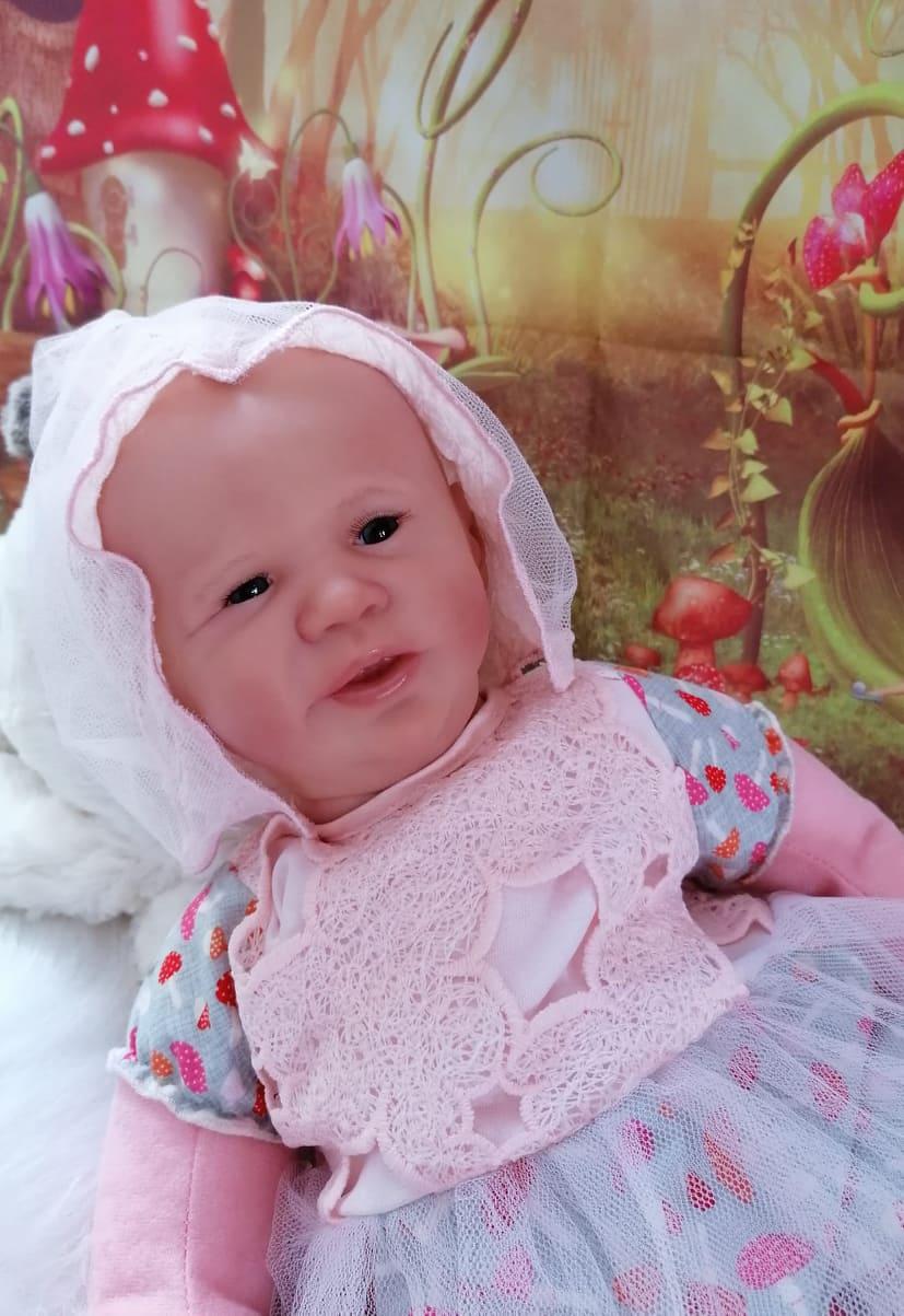 Andrea by eva brilli cuddle kit