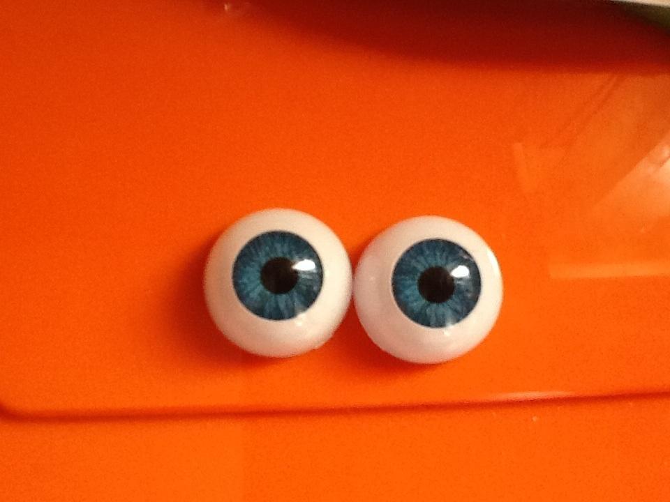 par de ojos acrilicos azul 02a 18mm
